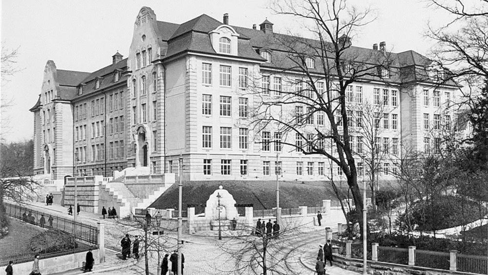 Das Chemie-Gebäude Rämistrasse 74/76