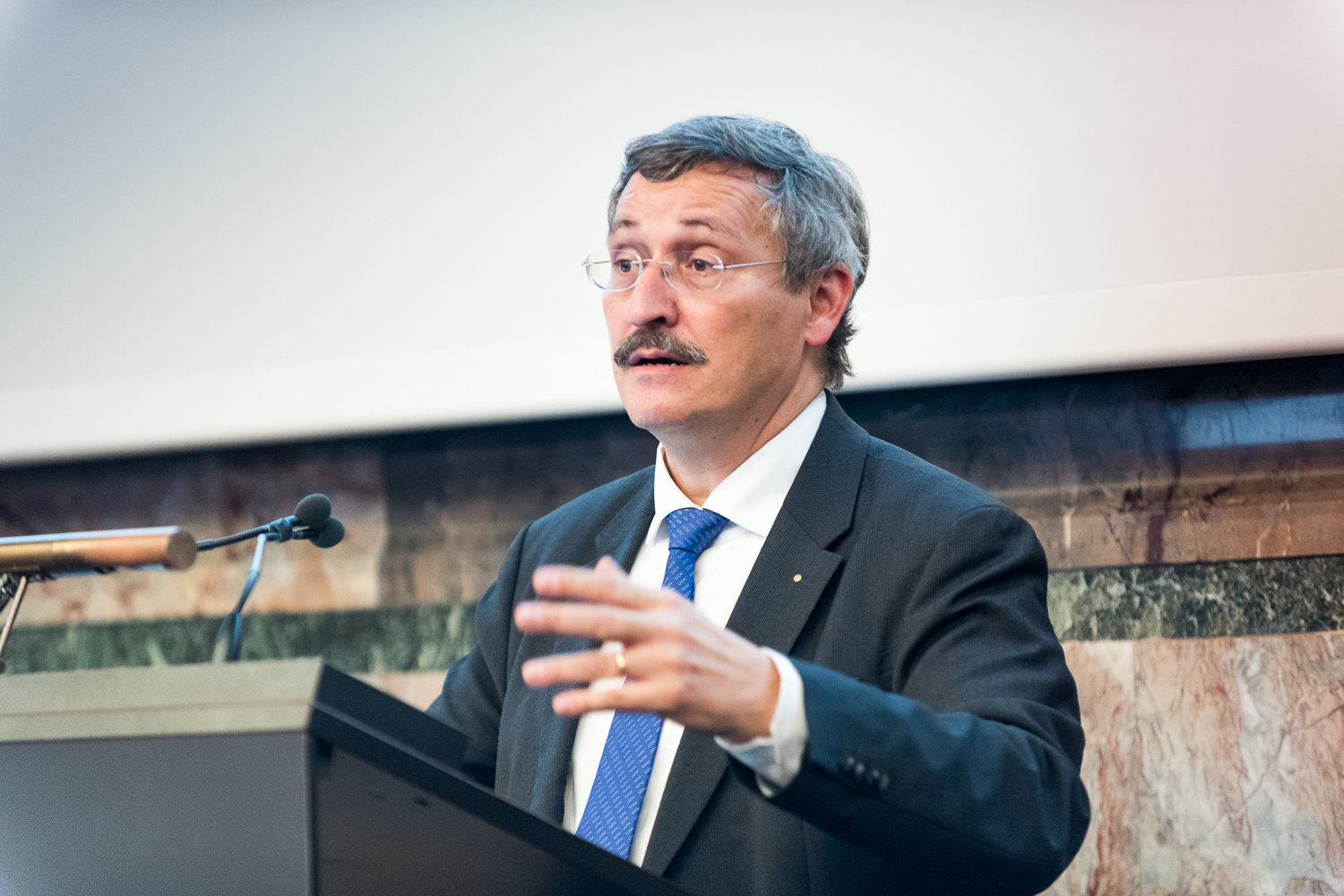 <p>&ldquo;Digitalization is changing the world, and that includes university teaching,&rdquo; says President Michael Hengartner. (Image: Frank Br&uuml;derli)</p>